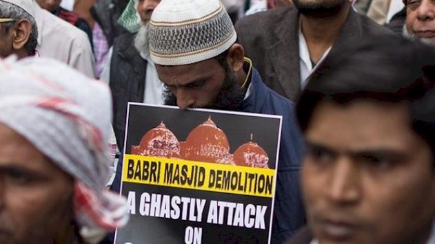 'Babri Camisi yerine Hindu tapınağı yapılması Müslümanları sindirme çabasıdır'