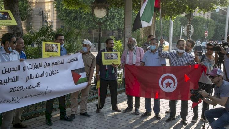 Tunus'ta İsrail ile normalleşme anlaşmaları protesto edildi