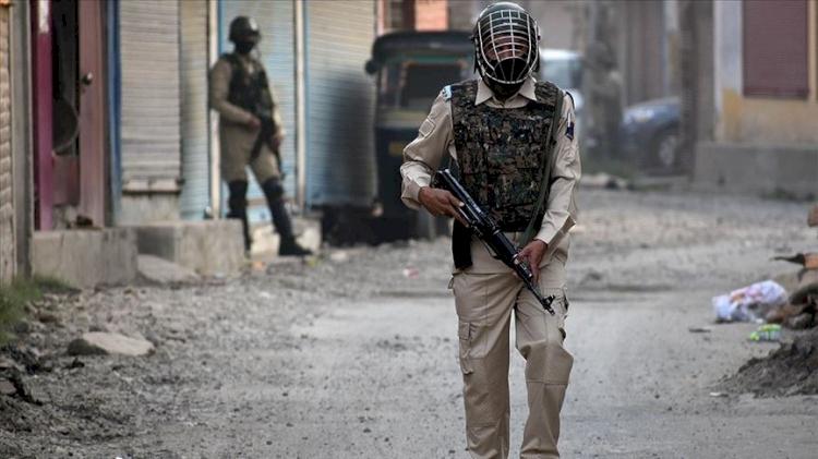 Pakistan, Hindistan'ı 'terörü finanse etmekle' suçladığı dosyayı BMGK daimi üyelerinin büyükelçilerine verdi