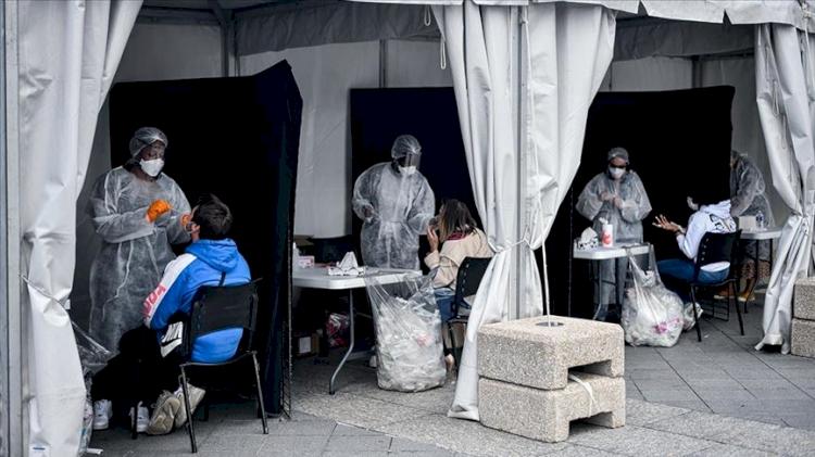 Fransa'da son 4 ayın günlük en yüksek vaka sayısı