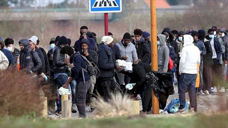 Fransa'nın 'istemediği' göçmenler yaşam mücadelesi veriyor