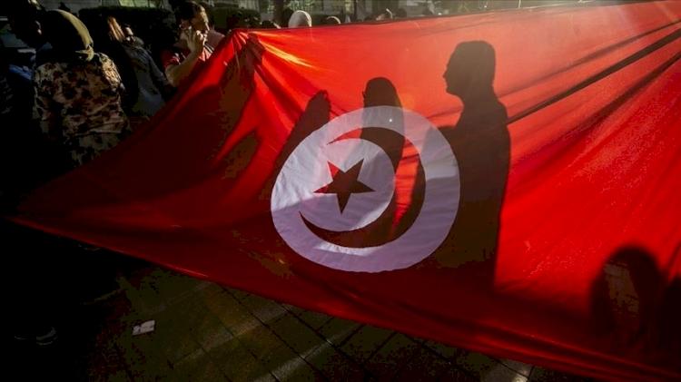 Tunus Nahda Hareketi: Dünya Müslüman Alimler Birliği şubesine düzenlenen baskın sosyal barışı tehdit ediyor