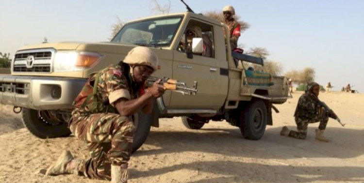 Nijerya'da askerlere saldırı: 8 ölü