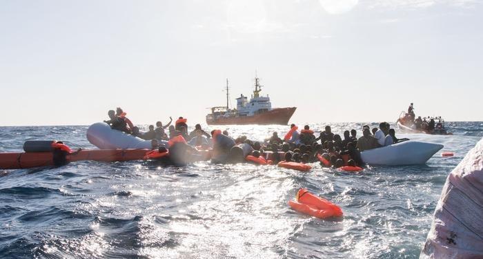 'AB sınır gücü, göçmenlerin yardım çağrısını karşılıksız bıraktı'