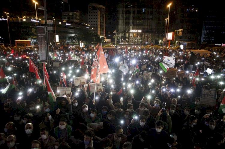 İşgalci İsrail'in Kudüs'teki saldırıları İstanbul'da protesto edildi