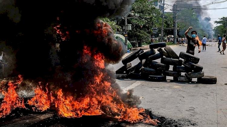 Myanmar'da Çin'e ait fabrikaları ateşe veren 28 kişiye 20 yıla kadar hapis cezası verildi
