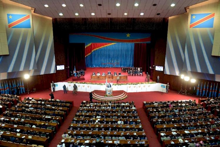 Kongo'da koronavirüs nedeniyle 32 milletvekili hayatını kaybetti