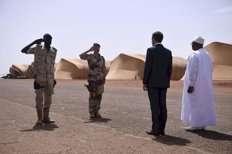Macron: Mali İslam'a yönelirse bu ülkedeki askerlerimizi geri çekeriz