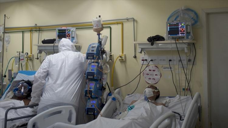 Brezilya'da son 24 saatte 2 bin 378 kişi Kovid-19'dan hayatını kaybetti