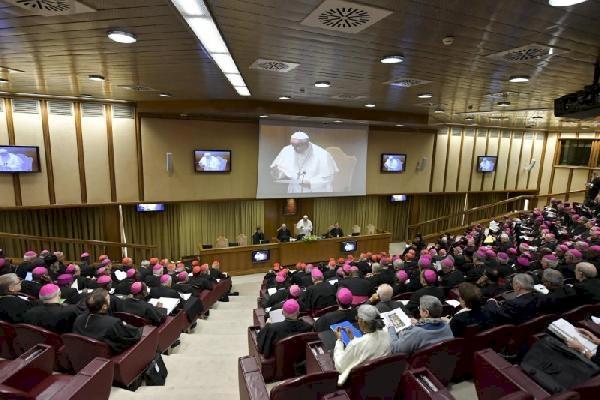 BM'den Vatikan'a çağrı: Çocuk istismarını önlemek için daha fazlasını yapın