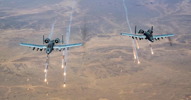 ABD uçakları Afganistan'da Taliban mevzilerine saldırdı