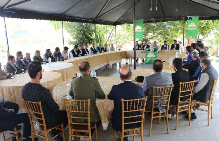 HÜDA PAR Genel Başkanı Yapıcıoğlu partisinin Yalova teşkilatı ile buluştu