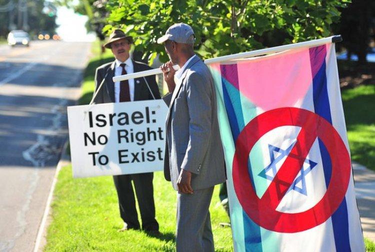 ABD'de Siyonizm yanlısı Beth Israel Sinagogu önünde 18 yıldır süren protesto