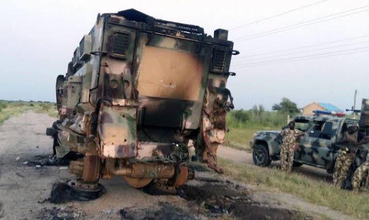Nijerya'da silah taşıyan askeri konvoya saldırı: 16 ölü