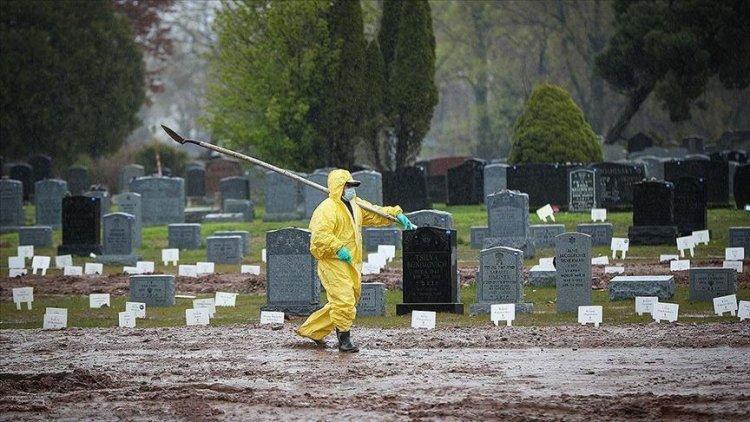 ABD'de son 24 saatte Kovid-19 nedeniyle 2 bin 976 kişi öldü