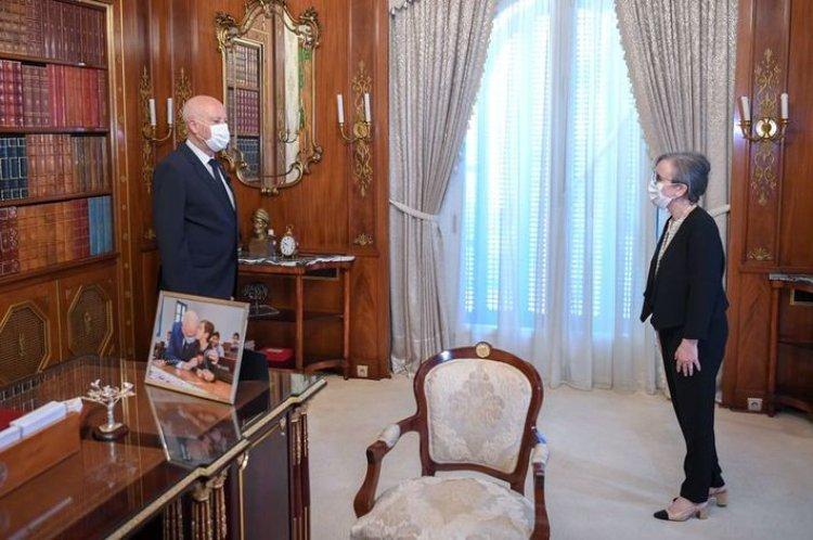 Tunus'ta siyasi darbe ile iş başına getirilen Buden, yeni kabineyi açıkladı