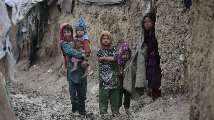 AB Yüksek Temsilcisi Borrell: Afganistan'da 1 milyon çocuk bu kış soğuktan ve açlıktan ölme riskiyle karşı karşıya