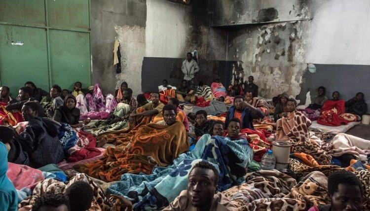 Libya'daki göçmenler: Uluslararası toplum gözlerini kapatmış, yaşıyor muyuz, ölü müyüz soran yok