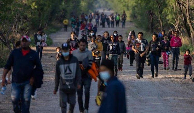 ABD'nin 6 ayda 160 bin yasa dışı göçmeni serbest bıraktığı iddia edildi